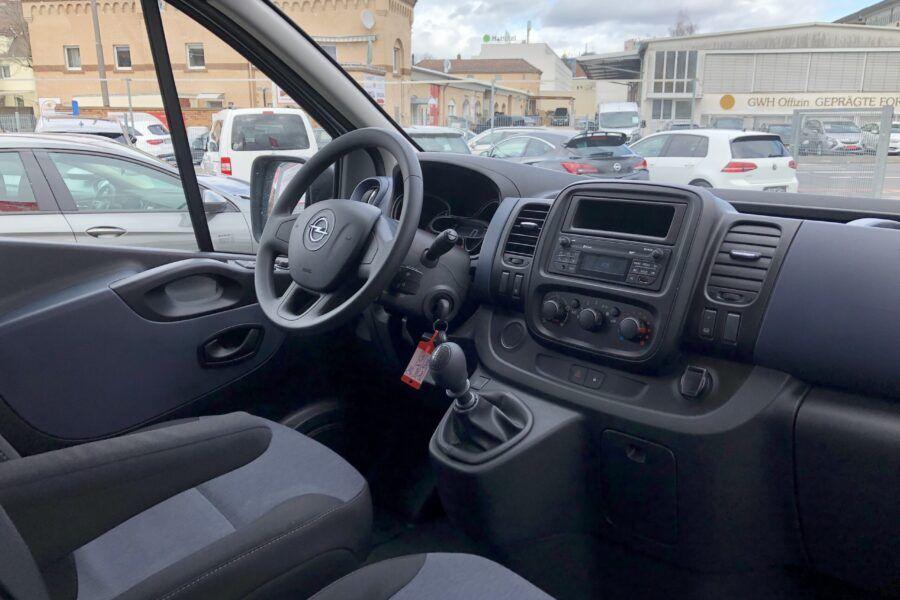 Vivaro 1.6 Bi-Turbo silber 9 Sitze 57Tkm (20)