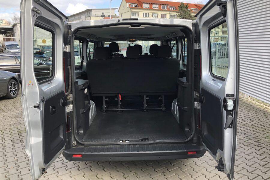 Vivaro 1.6 Bi-Turbo silber 9 Sitze 57Tkm (6)