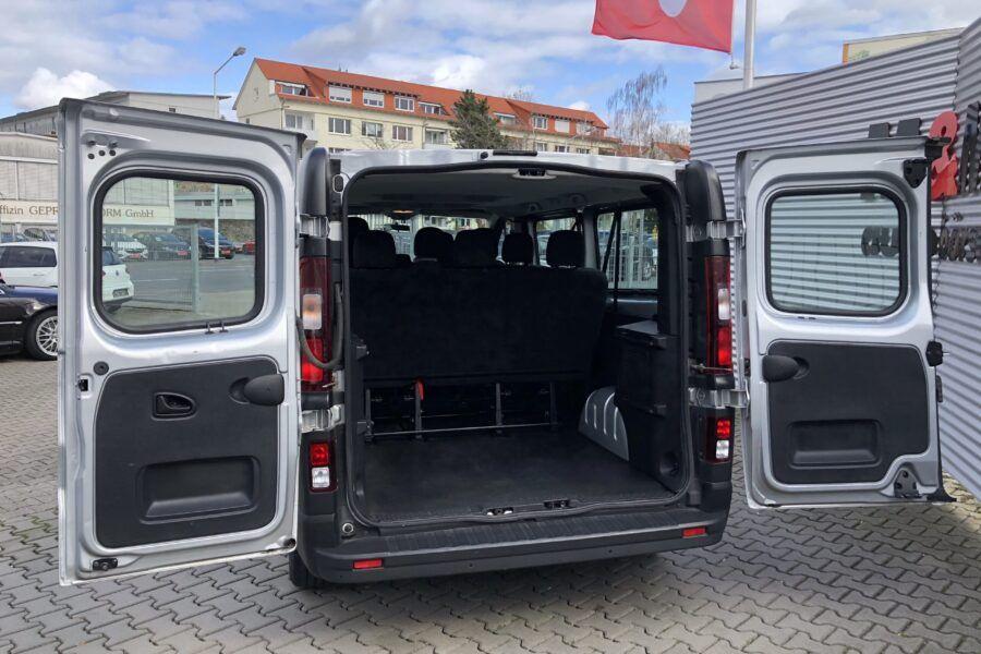 Vivaro 1.6 Bi-Turbo silber 9 Sitze 57Tkm (7)