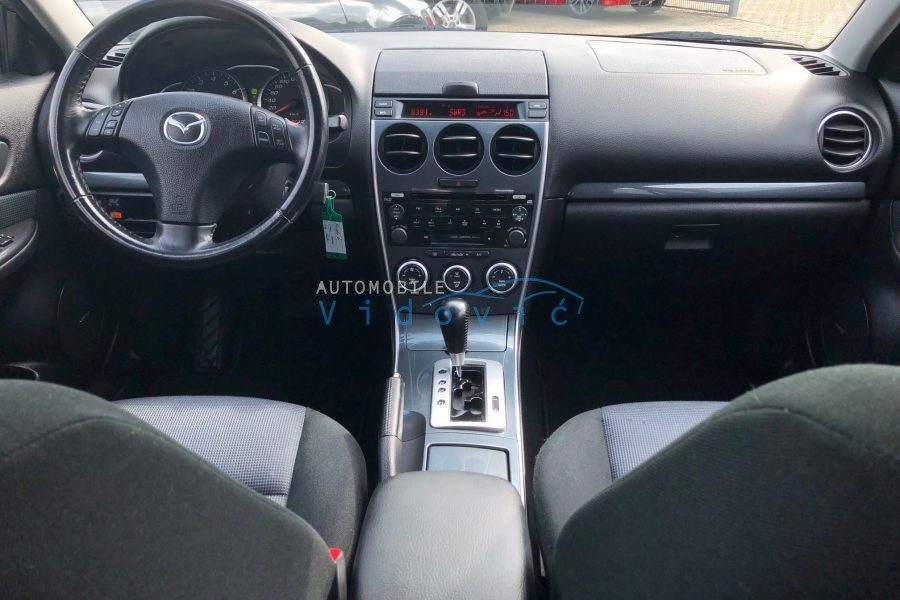 Mazda-6-Lim-grau-16-900x600
